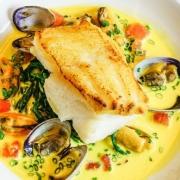 Bord eten met vis en schelpen | Mijn Keus