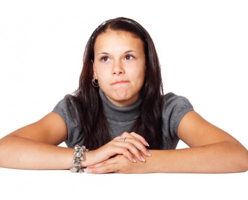 Jonge vrouw twijfelt | Mijn Keus